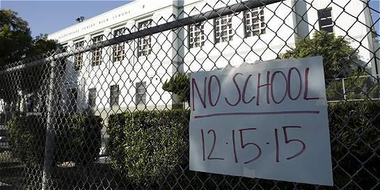 Nueva York abre escuelas tras amenaza similar a la de Los Ángeles