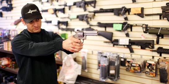 El 'cartucho mojado' de Obama contra venta de armas