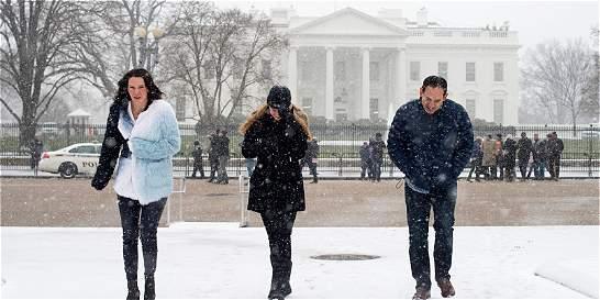 Tormenta de nieve en EE. UU. deja al menos 18 muertos