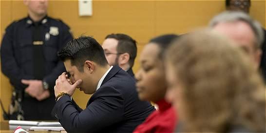 Jurado halla culpable a policía de Nueva York que mató a joven negro