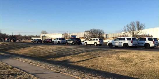 Autor del tiroteo en Kansas había recibido una orden de restricción