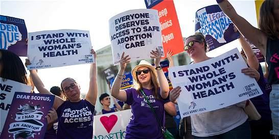 Corte Suprema de Justicia confirma el derecho al aborto en EE. UU.
