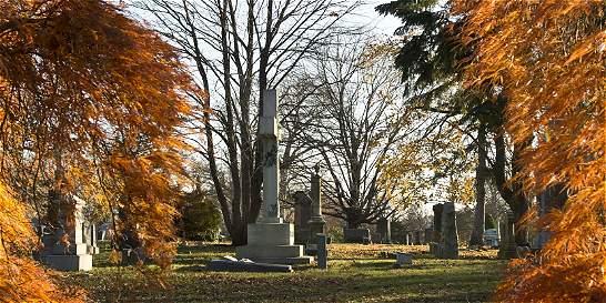 El cementerio que cuenta la historia de Nueva York