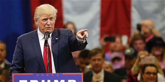 Jefes republicanos critican a Trump por ofender a padres de héroe