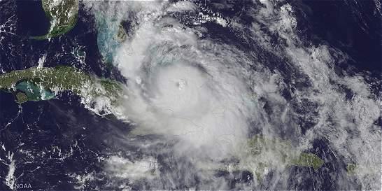 Obama declara estado de emergencia en Florida por huracán Matthew