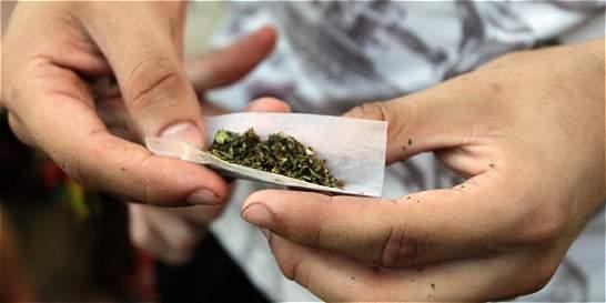 'Consumo de drogas con fines personales no debe ser penalizado'