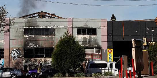 Número de muertos del incendio en fiesta de Oakland podría subir a 40
