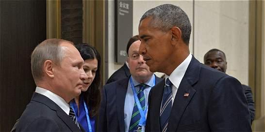 Diplomáticos rusos expulsados dejan Estados Unidos