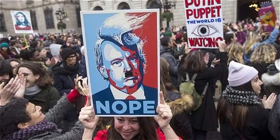Miles de personas en el mundo se unen a marcha contra Trump
