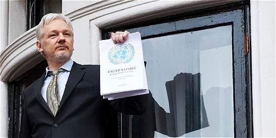 'CIA perdió control de su arsenal cibernético': Julian Assange