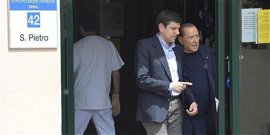El primer día de Berlusconi en el ancianato para cumplir su condena