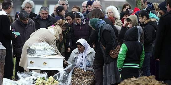 No autorizaron entierro de una bebé por ser gitana en Francia