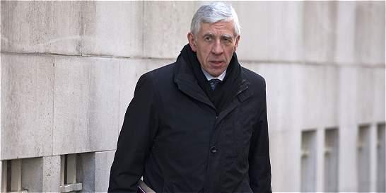 Dos exministros británicos cayeron en la trampa de periodistas