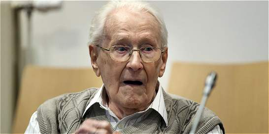 Excontador de Auschwitz admite 'culpa moral' en juicio por Holocausto