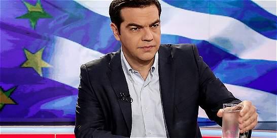 Grecia accede a firmar rescate pero pide cambiar condiciones