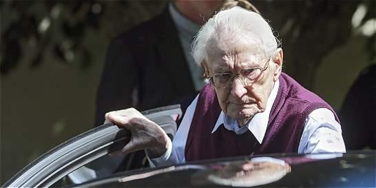 Cuatro años de cárcel para el 'contador de Auschwitz'