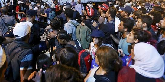 Organismo denuncia abusos sexuales a refugiados que atraviesan Europa
