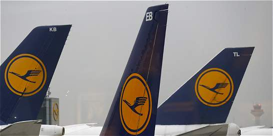 Lufthansa y Air France no sobrevolarán el Sinaí tras tragedia aérea