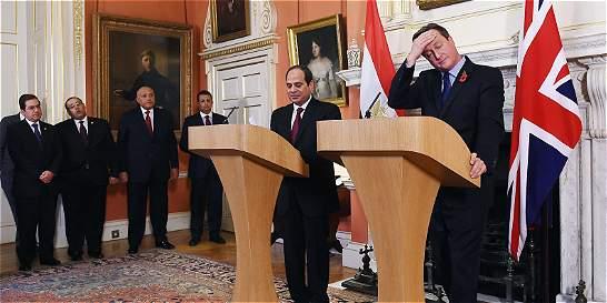 Londres refuerza tesis de atentado del avión ruso que cayó en Egipto