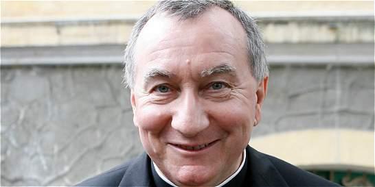 En el Vaticano hay un 'clima pesado', dice número dos de la Santa Sede