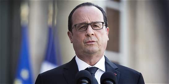 Hollande declaró estado de emergencia y pidió refuerzos militares