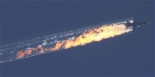 Los dos pilotos del avión ruso derribado estarían vivos: Turquía