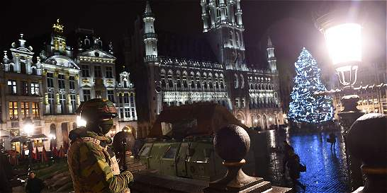 Bruselas cancela fuegos artificiales de fin de año por amenazas