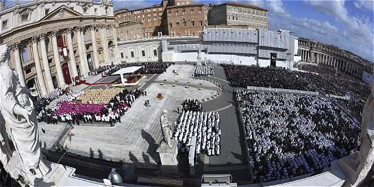 Exjefe contable del Vaticano es absuelto de cargos de contrabando