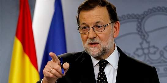 Mariano Rajoy, sin apoyos para investidura, no renuncia a candidatura