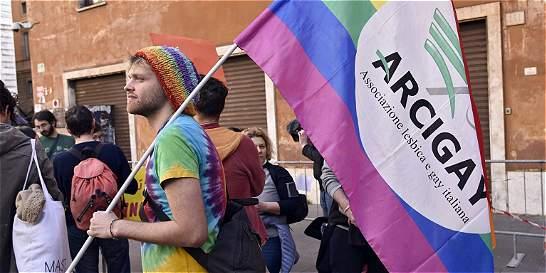 El Senado italiano aprobó el primer debate sobre la unión homosexual
