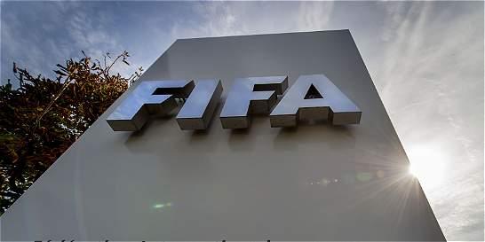 Messi, Platini y directivos de FIFA, citados en los 'Panama Papers'