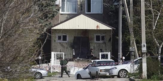 Supuestos terroristas se suicidaron frente a comisaría en Rusia