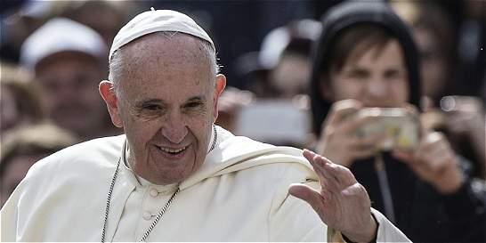 Papa Francisco pide 'diálogo' en Brasil para resolver crisis política