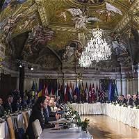 Alemania y Francia advierten de que la crisis libia amenaza a Europa