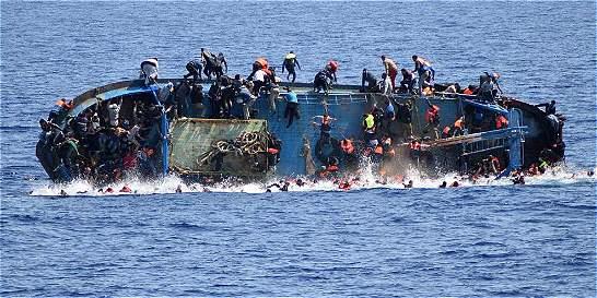 Relatos de la muerte de al menos 700 migrantes en el Mediterráneo