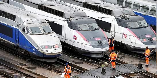 Inicia huelga de transporte en Francia por reforma laboral