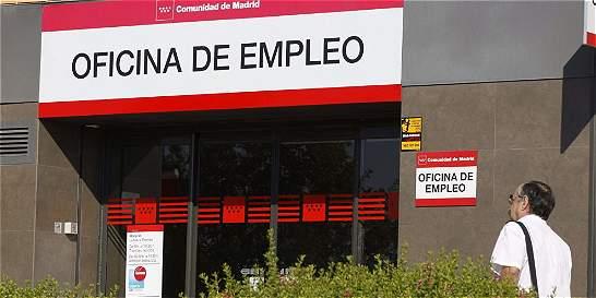 Desempleo en España baja de los 4 millones por primera vez desde 2010