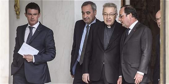 François Hollande se reúne con los líderes religiosos de Francia