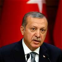 La purga masiva en Turquía se extiende a los sectores económicos