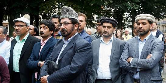 Musulmanes van al funeral de cura asesinado por yihadistas en Francia