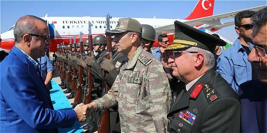 Turquía no da su brazo a torcer frente al EI y los kurdos en Siria