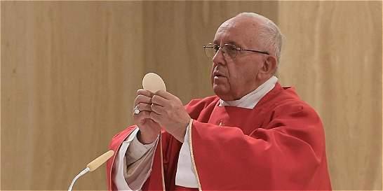 Papa dice que sacerdote asesinado es un mártir en camino a la santidad