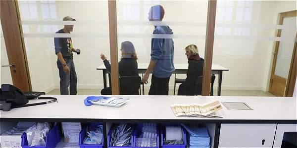 Francia abre su primer centro de inyección supervisada para consumidores de drogas