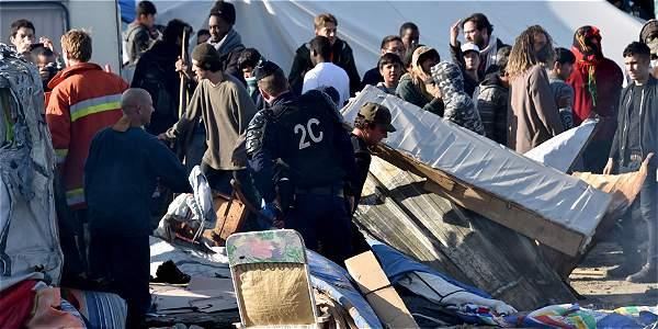 Demolición Calais