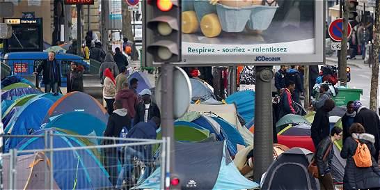 Se multiplican los campamentos informales de migrantes en París