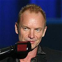 Sting da concierto en París para honrar a las víctimas del 13N
