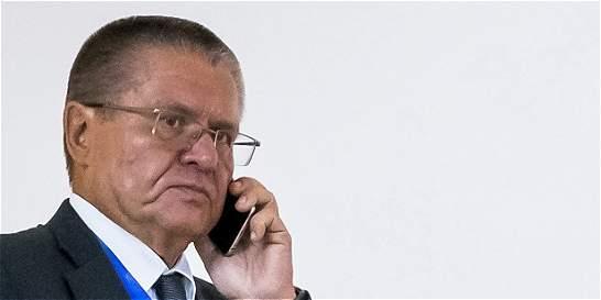 Rusia detiene a ministro de Economía acusado de cobrar un soborno