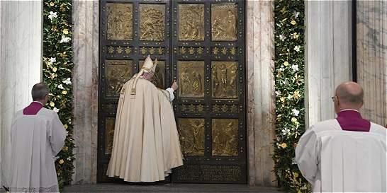 El papa Francisco clausura el Año de la Misericordia