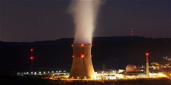 Suiza rechaza cierre rápido de plantas de energía atómica