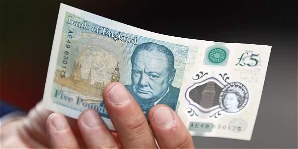 El nuevo y polémico billete según el banco, es más duradero y resistente que los anteriormente utilizados.
